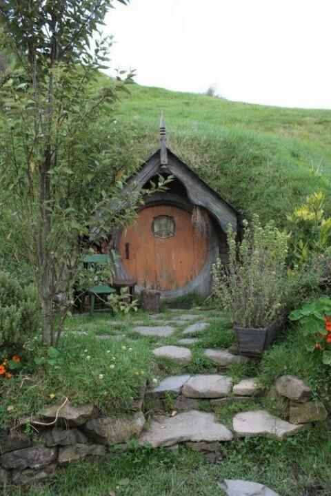 Hobbit House Tiny Cob Mud Houses Pinterest