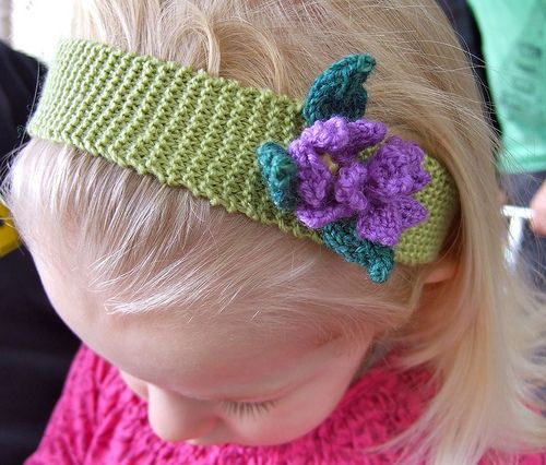 @Knot Addicted knitted hair band to share with my friends Pintere?