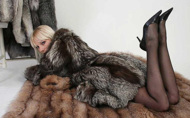 Sexy blonde and fox fur coats