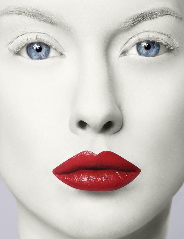 pale skin red lips inc����red����ible pinterest