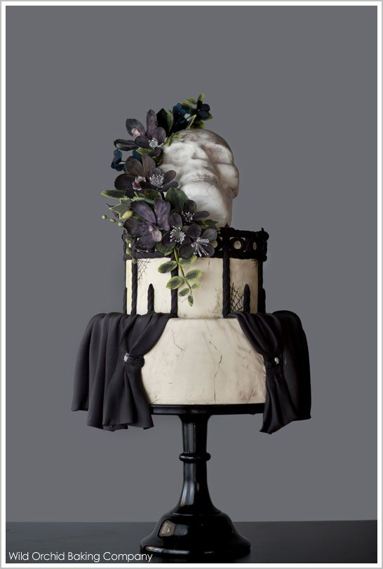 OMG! I heart this cake in the worst way. Covet! Vintage Goth Halloween Cake by Wild Orchid  |  TheCakeBlog.com