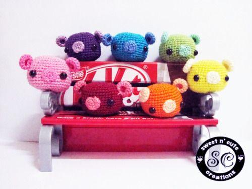 "Free pattern for Sweet N' Cute Creations' ""Cute Little Piggy""! Great for the future Razorback fan."
