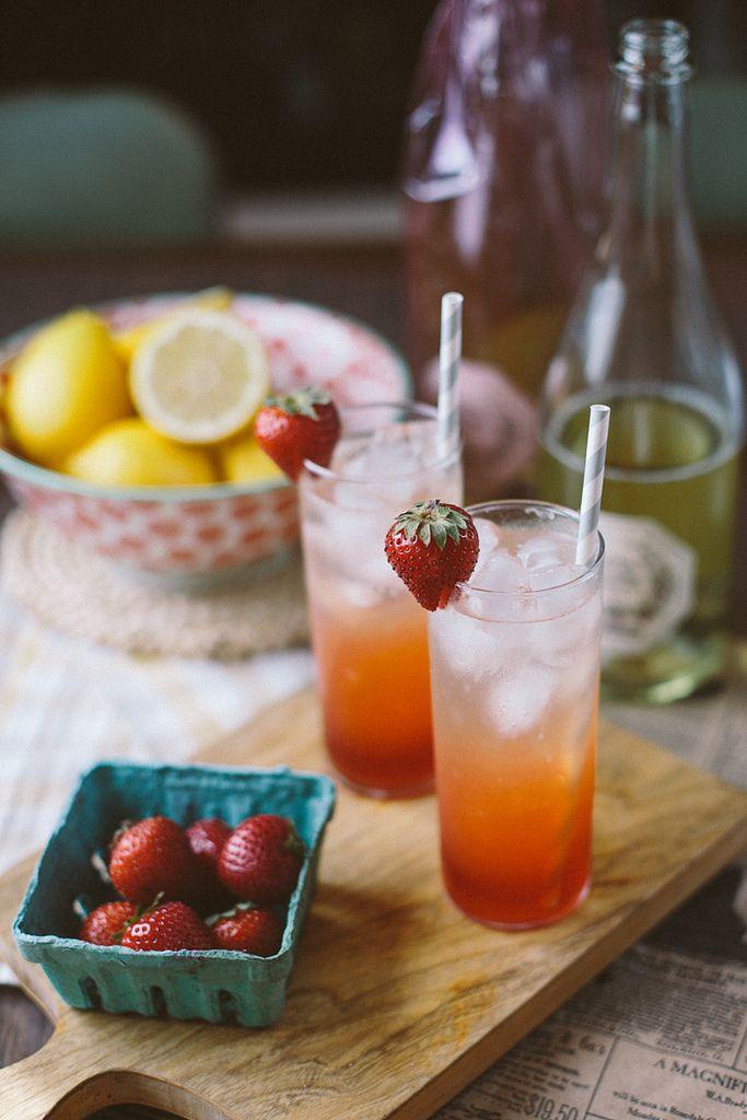 strawberry basil lemonade sparkler | Recipes to try | Pinterest
