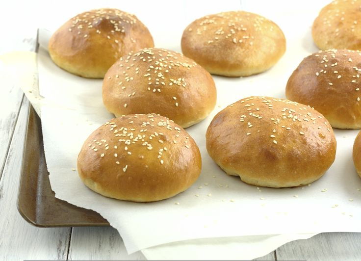 Light Brioche Burger Buns - so easy to make, so much better than store ...