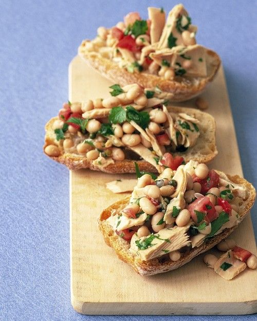 Tuna and White Bean Salad - Martha Stewart Recipes ***eat without the ...