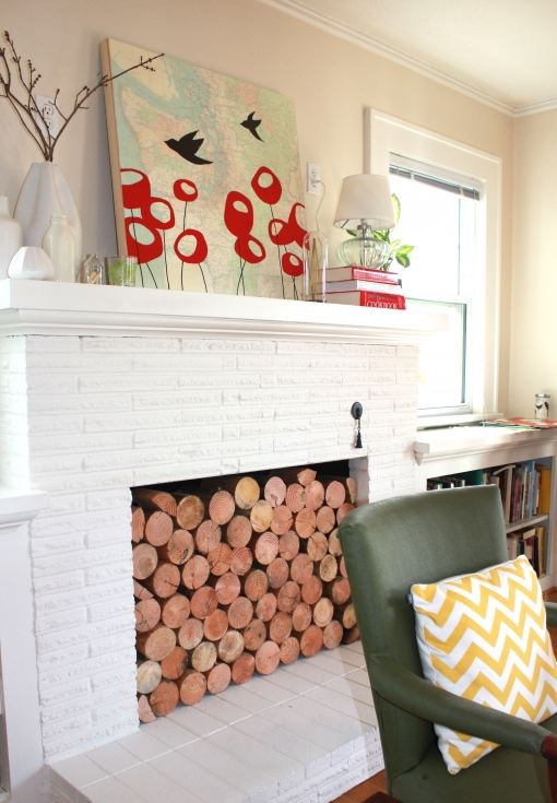 Great idea for a summer fireplace