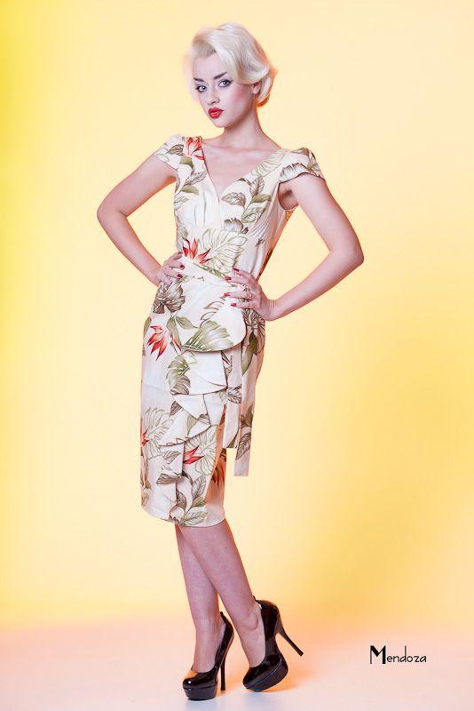 Hawaiian Style Wedding Dresses And Eveningwear 58