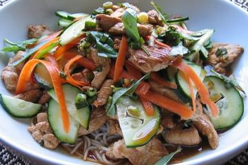 Chicken and Shrimp Noodle Salad | Yummy Thai | Pinterest