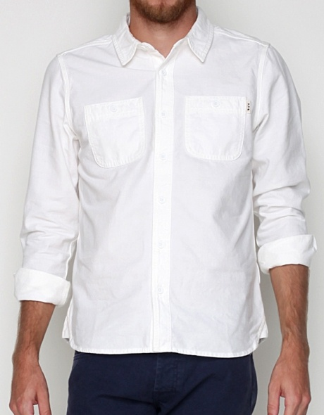 Simple Untucked White Shirt My Style Pinterest
