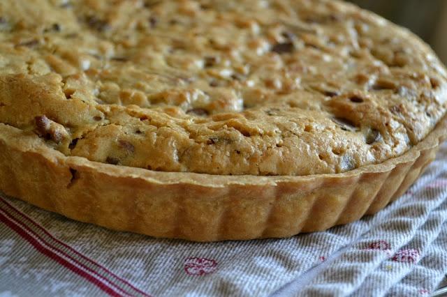 Oatmeal Chocolate Chip Cookie Tart | Food | Pinterest