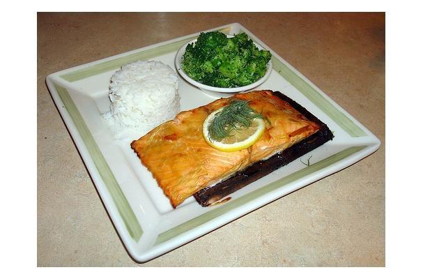 ... sauce poached salmon with avocado sauce cedar salmon with berry sauce