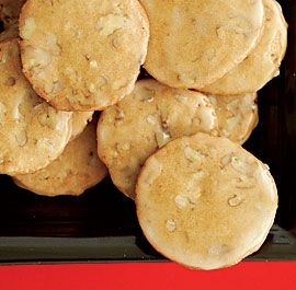GLAZED MAPLE-PECAN COOKIES http://www.finecooking.com/recipes/glazed ...