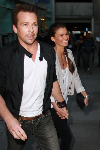 Sean and his gorgeous wife Lauren Sean Patrick Flanery Married