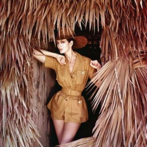 Carmen Dell'Orefice in the Bahamas for Vogue, 1959. Photo by Norman Parkinson.