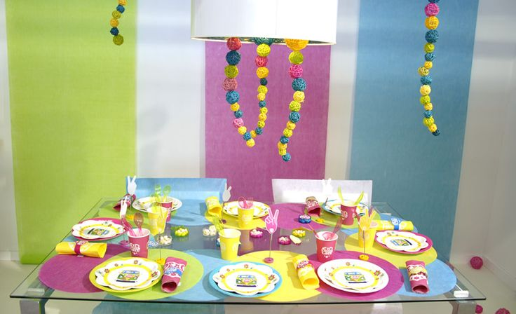 Pin by deco table arts ephemeres on anniversaire birthday pintere - Table deco anniversaire ...