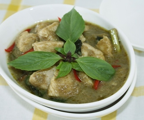 Thai green curry with chicken | Thai Food | Pinterest