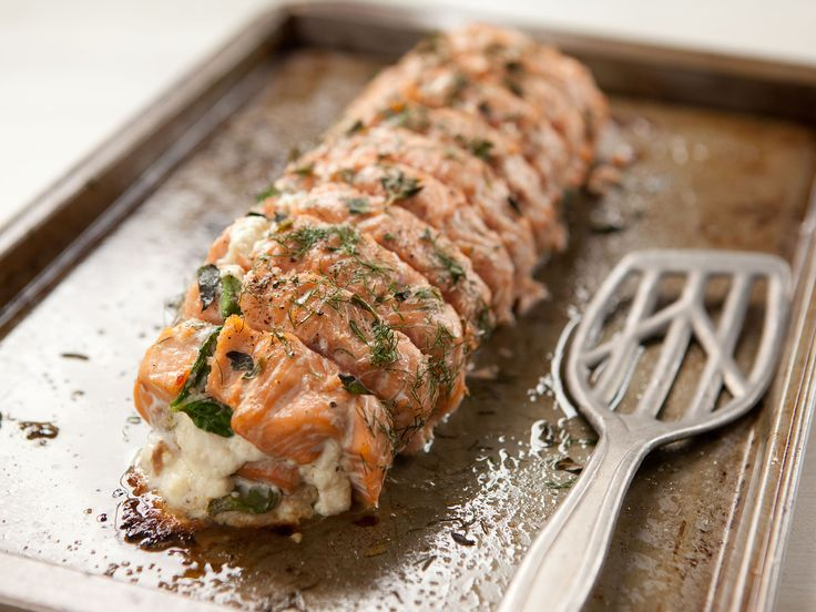 Salmon+fillet+stuffed+with+spinach,+ricotta+and+feta+cheese+and ...