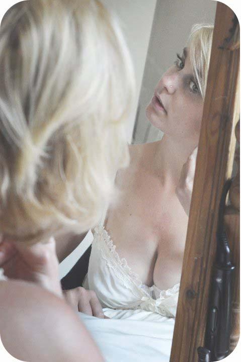 Getting ready bridal..