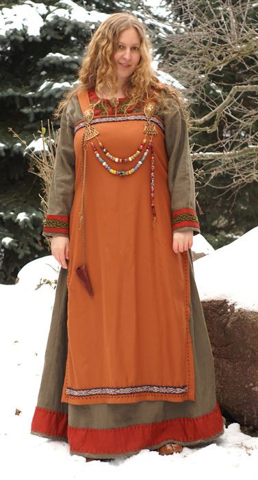 Simple Viking Women Clothing Pattern A Reconstructed Viking Woman39s