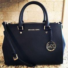 Love ,love , so beautiful bag, I lo