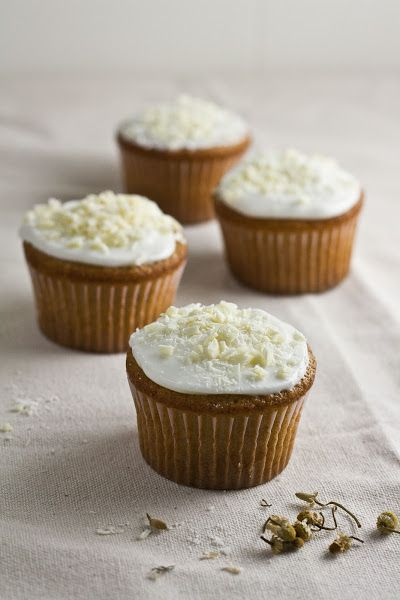 White Chocolate, Honey & Chamomile Cupcakes