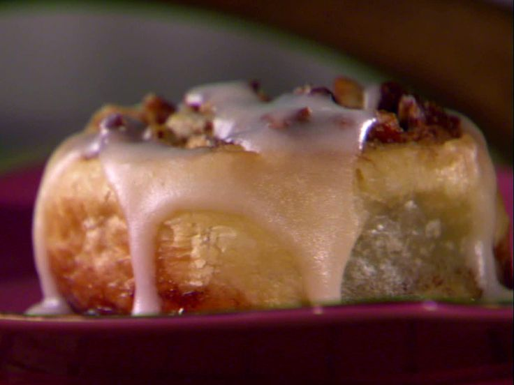 Easy Glazed Cinnamon Buns from FoodNetwork.com ~ mmm looks easy ...