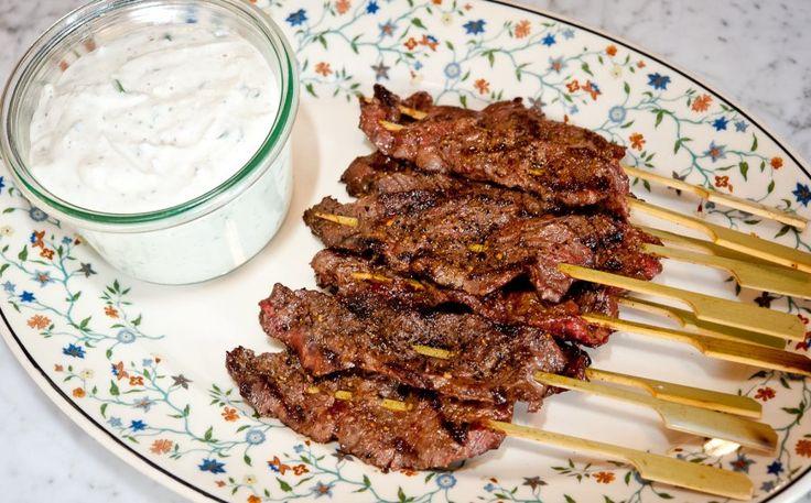 Skirt steak skewers with blue cheese dip | Chinese Food | Pinterest