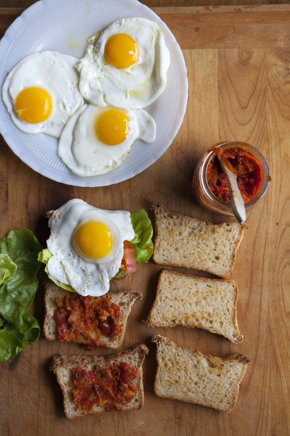Bacon Jam Breakfast Sandwich With Fried Egg And Avocado Recipes ...