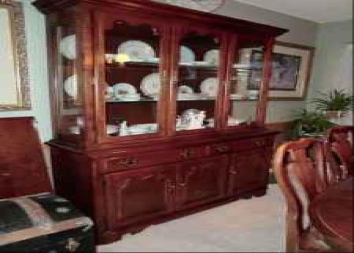 thomasville cherry dining room set w china cabinet queen anne style