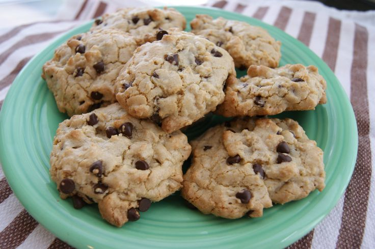quinoa cookies- gluten free, dairy free, and refined sugar-free