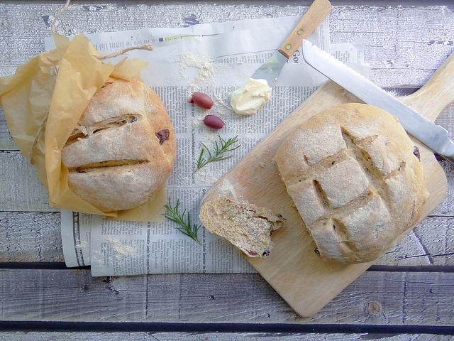 Rosemary Olive Peasant Bread | Scrumptious Food | Pinterest
