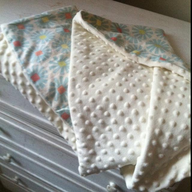Homemade baby blanket Www.wix.com/kelsjonston/thebobbinboutique