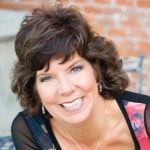 Interview with Work at Home Mom Julie Jones – Direct Sales Speaker & Coach @Julie Anne Jones