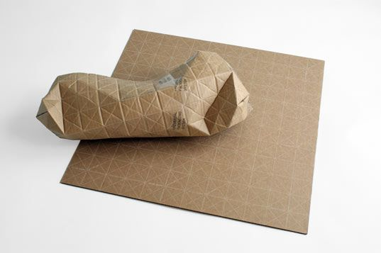 Cardboard packaging folds to fit parcels of any shape