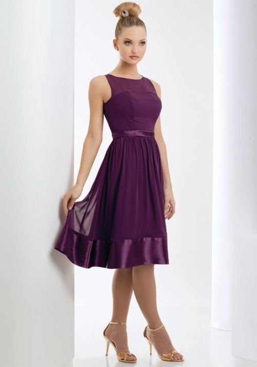 Purple Wedding Theme: The Best Ways to Use Purple As the Theme of Your Wedding - Bridesmaids Dress. http://memorablewedding.blogspot.com/2013/10/purple-wedding-theme-best-ways-to-use.html