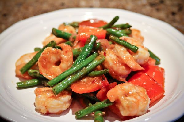 Stir-Fried Shrimp with Snow Peas and Red Bell Peppers