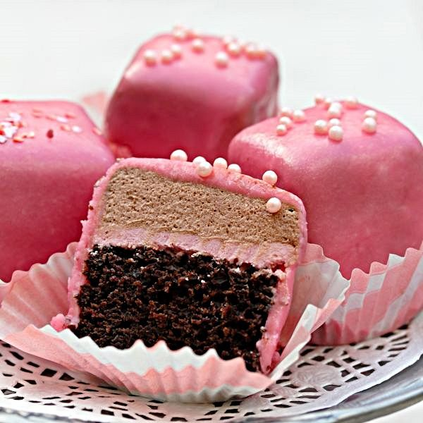 Chocolate Pomegranate Petite Fours. Very original, yet easy to make ...