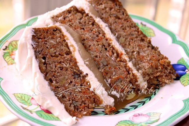 Carrot Cake with Praline Filling & Cream Cheese Frosting