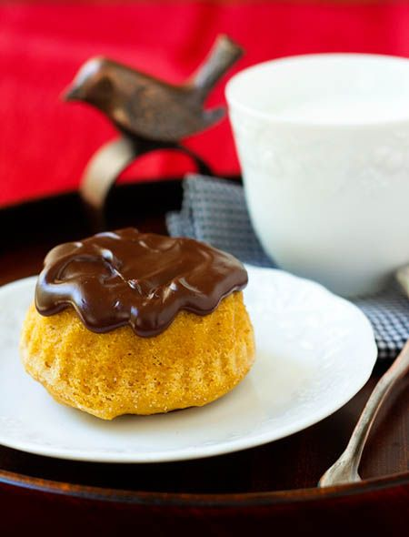 Spicy Pumpkin Cakelettes with Chocolate Glaze from La Fuji Mama. http ...