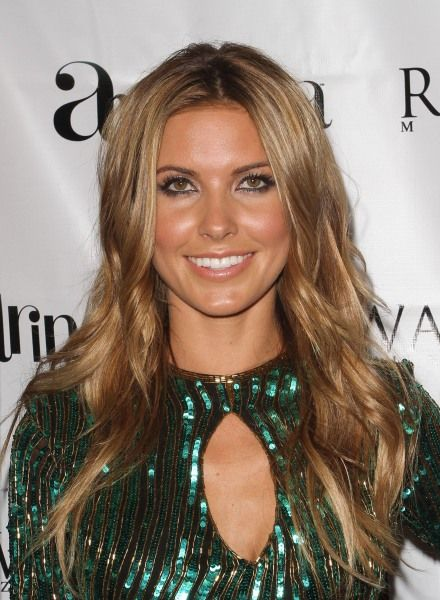 Audrina Patridges wavy, long hairstyle
