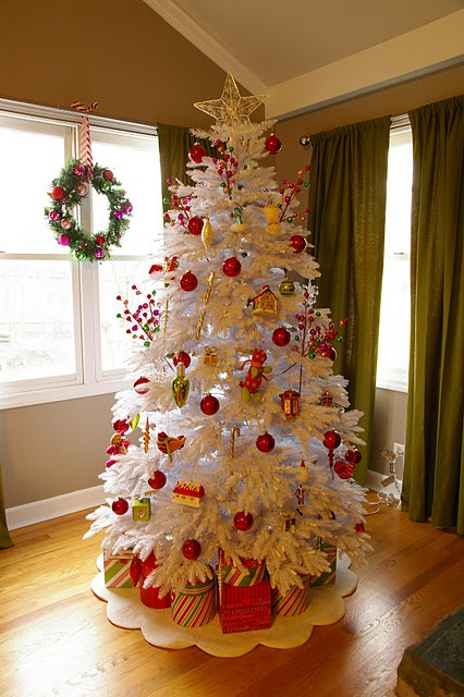 White christmas tree elegant christmas decor pinterest for White christmas tree pinterest