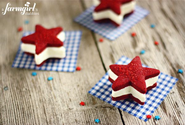Patriotic ice cream sandwiches with red velvet shortbread stars and cream cheese ice cream - from a farmgirl's dabbles