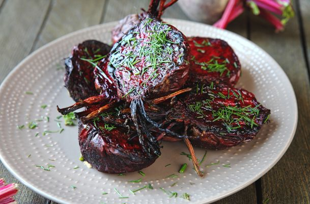 Roasted Beets with Balsamic Glaze Recipe | sides | Pinterest