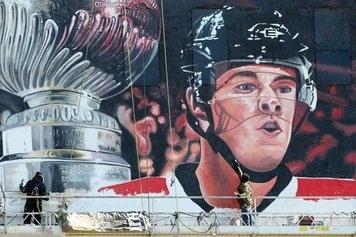Pin by eliza dudley on chicago blackhawks pinterest for Blackhawks mural chicago