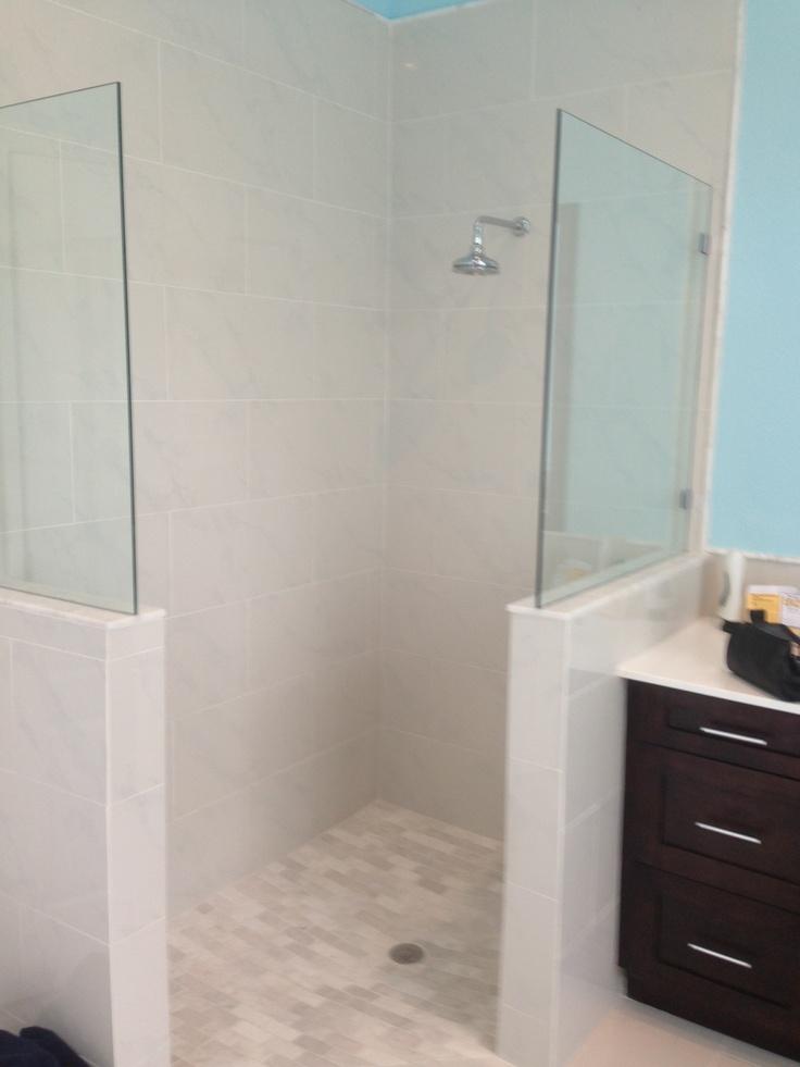 Pictures Of Doorless Bathroom Showers 105