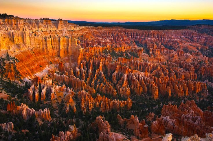 Sunrise at Bryce Canyon, Arizona