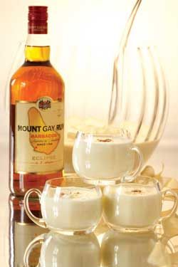 Classic Egg Nog Punch | Holi-duh. | Pinterest