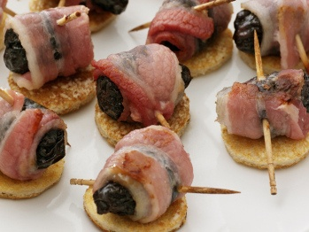 Devils on horseback. Is the plum the devil, and the bacon the horse?