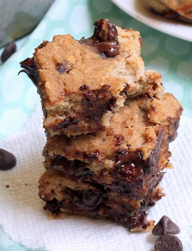 Gooey Chocolate Chip Bars | Gluten Free Dessert Bars | Pinterest