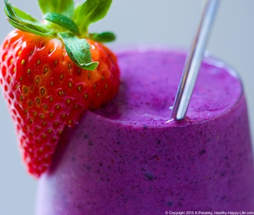 Berry-banana smoothie.   Summertime!   Pinterest